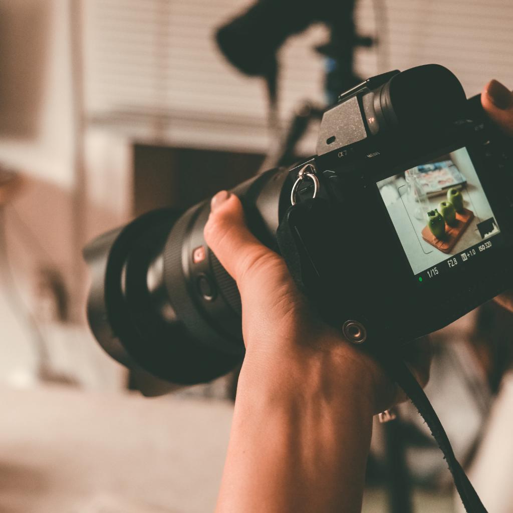 10 Best Entry Level DSLR Cameras in 2020